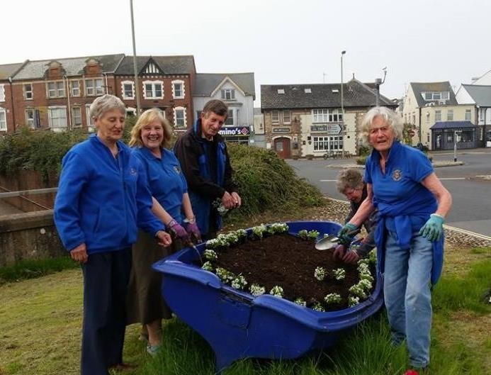 Planting boat  on May 28